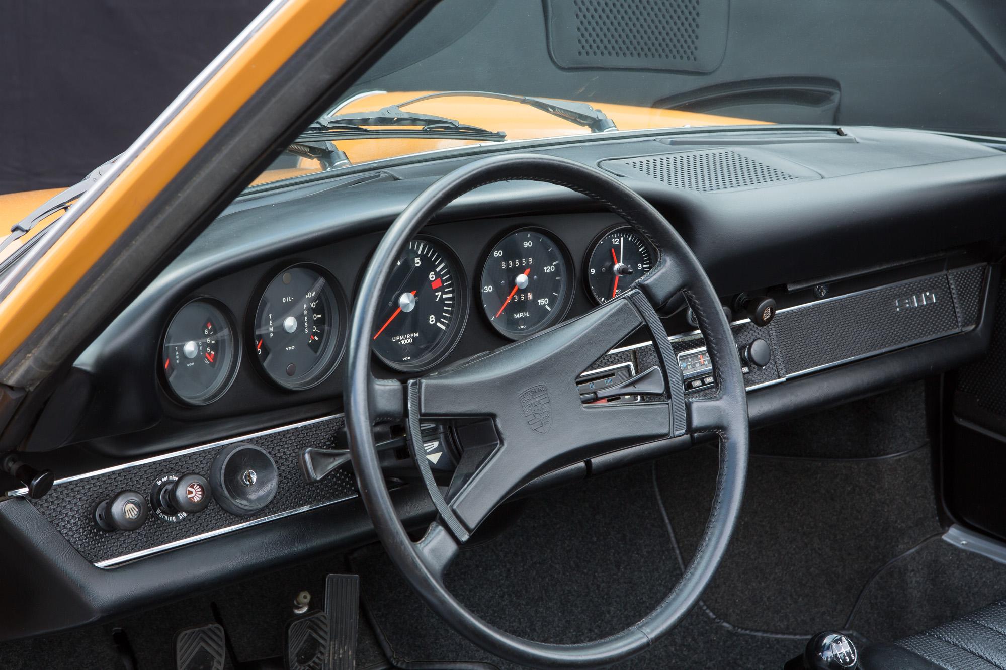 Porsche 911 T Targa 1969 Karero